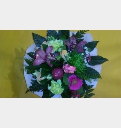Bouquet ront tendance Mauve avec orchidée