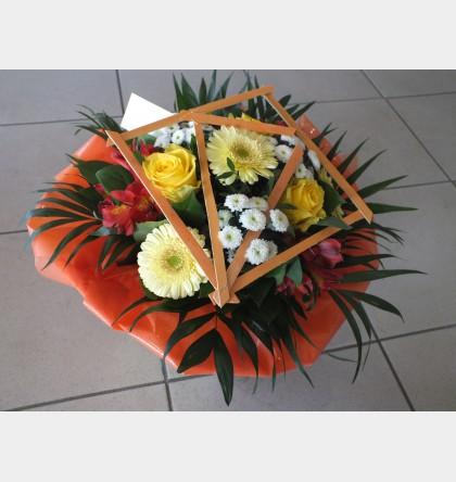 Bouquet rond décoré jaune orangé