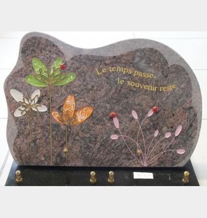 Plaque en granit motif coccinelles et fleurs